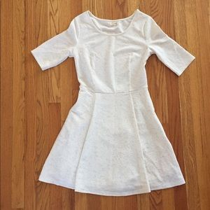 Madison Jules Dress - Size Medium